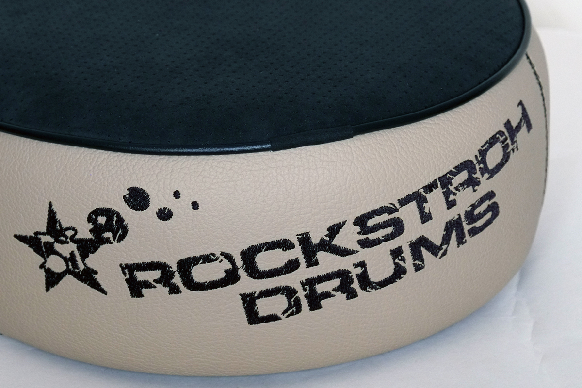 tl_files/img/products/custom_hocker/2018/Rockstroh_Drums_Custom_Hocker_Alcantara_01_Detail_01.jpg